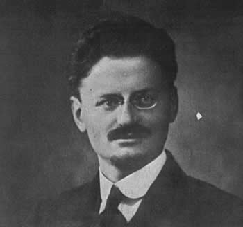 Communism - Page 2 Trotsky